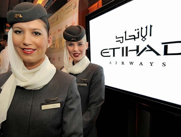 mini-Etihad-Airways-Staff