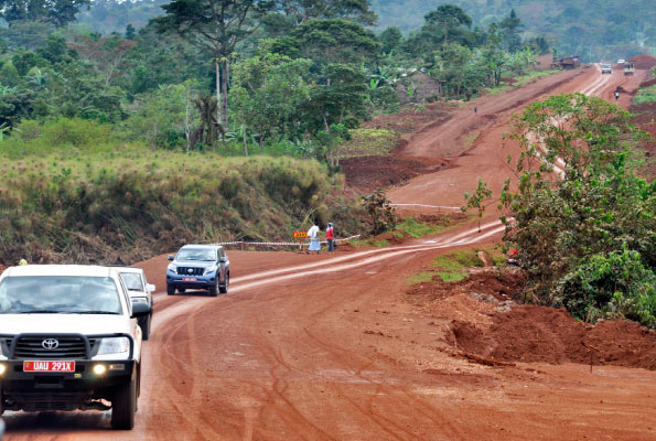 Vehicles move on the Mukono- Katosi road which is under construction. Photo by Geoffrey Sseruyange