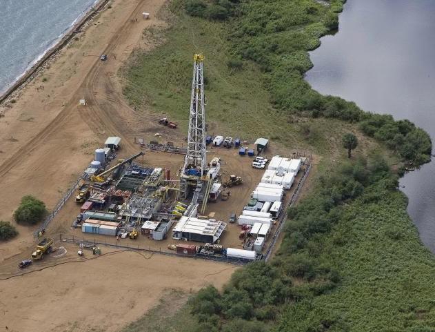 uganda-oil-2012