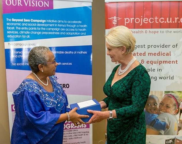 Kenya First Lady Margaret Kenyatta and Mrs. Cindy McCain at the Arizona Reception.